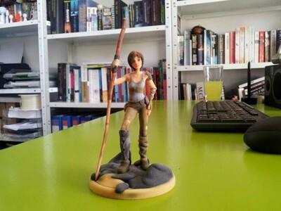 拿着棍子的动漫女孩-3d打印模型