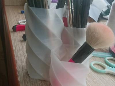 (化妆)笔筒 -3d打印模型